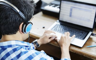 Online Transcription Introduction Training for Newbies